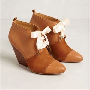 Pilcro and leather press shoes